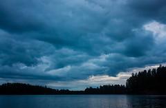 IMG_5386-1 (Andre56154) Tags: schweden sweden sverige wolke cloud landschaft landscape see lake wasser water ufer himmel sky forest