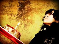 birth day (fixionauta) Tags: renato quiroga sony cybershot dscp73 fixionauta eva cabrera birthday cake lomo lomography