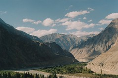 (rqlevy) Tags: 35mm expiredfilm analog turtuk village ladakh india pakistanborder shyokriver adventure travel explore nature landscape mountains
