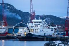Rauma (sindre97) Tags: vegsund slip sunnmøre ålesund ferge ferry fahre ferje ship skip båt boat carferry bilferge car cars diesel fjord1 mrf fjord1mrf sea ocean sjø vann water fjord