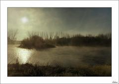 Los Reyes me han dejado esto (V- strom) Tags: texturas textures paisajes landscape agua water río river invierno winter sol sun cielo sky niebla fog nubes clouds huawei vstrom nikon nikon2470 nikond700