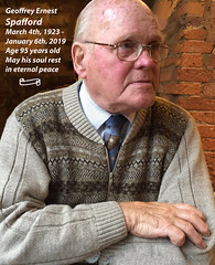 Geoffrey Spafford at age 92 having Lunch at Wetherspoons The White Horse Pub in Brigg Lincolnshire (photographer695) Tags: geoffrey spafford age 92 having lunch brigg lincolnshire wetherspoons the white horse pub