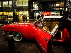 Cadillac for marriage exit (sapphire_rouge) Tags: marunouchi 丸の内中通り nakadouri 丸の内 tokyo illumination bride wedding cadillac car