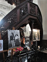 Fátima shrine in the cathedral, photo of  Francisco and Jacinta Marto, Namur, Belgium (Paul McClure DC) Tags: namur namen belgium belgique wallonia wallonie ardennes feb2018 cathedral historic architecture