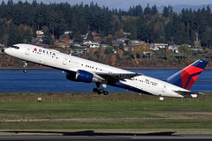 N683DA, Delta Air Lines, Boeing 757-232, KPDX, November 2018 (a2md88) Tags: