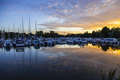 Marina Sunset (CraDorPhoto) Tags: canon6d landscape waterscape water sea reflection marina boats sunset sky clouds outdoors espoo finland