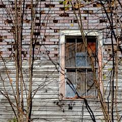 the stories I could tell (jtr27) Tags: dscf1769xl jtr27 fuji fujifilm xe2s xtrans vivitar 55mm f28 macro manualfocus komine abandoned house window maine newengland lovell