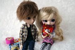 Shopkins (CornflowerBlue07) Tags: miniatures shopkins groove taeyang william pullip aya