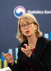 Martine_Durand _Chief_Statistician_OECD_01 (KOREA.NET - Official page of the Republic of Korea) Tags: martineduran oecd chiefstatisticianoecd incheon songdo songdoconvensia 마틴듀란 oecd통계국장