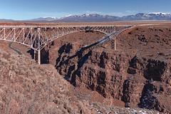 (el zopilote) Tags: 500 riograndegorge taos newmexico landscape people riogrande rivers water bridges riograndegorgebridge canon eos 5dmarkii canonef24105mmf4lisusm fullframe