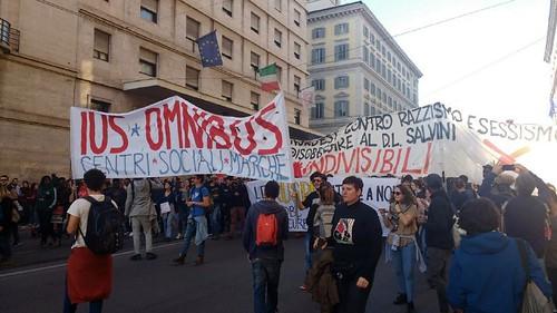 #Indivisibili contro il decreto Salvini