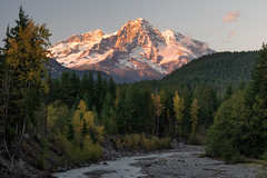 Rainier Sunset (jeff's pixels) Tags: sunset washington nikon d850 landscape river creek water mountain pnw mountrainier mountrainiernationalpark tree explore