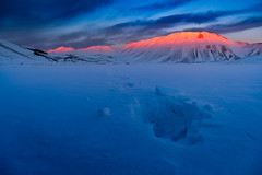 | The last rays | (valerio.clementi) Tags: sunset mountain sibillini italy umbria powerfull colors pentax fa2035 myplace blu bluehour valley vettore redlight last rays landscapes amazing incredible naturalbeauty snow ice hole peak town norcia castelluccio