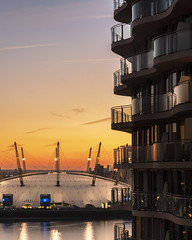 O2 Light Fade (JH Images.co.uk) Tags: london hdr dri o2 sunset sun dome millennium clouds river riverthames