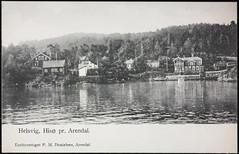 Postkort fra Agder (Avtrykket) Tags: bolighus brygge båt hus postkort seilbåt sjø uthus arendal austagder norway nor
