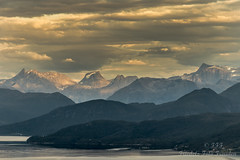 Evening sun over the Romsdal Alps in Norway (Friedels Foto Freuden) Tags: norwegen rosdalalpen berge abendstimmung wolken clouds canond80