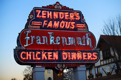 Zehnder's Famous Chicken Dinners (Anthony Mark Images) Tags: zehnderschickendinners restaurant chickendinners frankenmuth michigan usa sign neonsign evening nikon d850