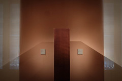 DSCF1425 (Thierry AUGE) Tags: musée museum gallery madrid spain espagne espana castille castilla composition géometrie abstrait abstract lines lignes ombre shadow thyssenbornemissa fuji fujifilm xe2 18mm 18mmf2