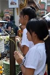 The Grand Palace. (Seventh Heaven Photography - (Travel)) Tags: grand palace bangkok thailand gold golden architecture lavish ornate buildings prayer temples wat phra kaew temple emerald buddha nikon d3200 pray praying people persons thai