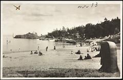 Postkort fra Agder (Avtrykket) Tags: strand badende båt postkort seilbåt sjekte strandstol grimstad austagder norway nor