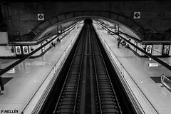 Nuevos Ministerios Estación - Madrid (P. HELLíN) Tags: ngc madrid cercanias estación bw bn sony rx100m2
