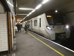 717003-Moorgate-P1531326 (citytransportinfo) Tags: 717003 siemens desirocity train railway greatnorthern station tube moorgate tunnel class717