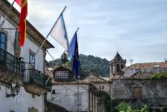 Concello de Bayona (Franco D´Albao) Tags: nikond60 francodalbao dalbao building bayona galicia ayuntamiento concello townhall banderas flags campanario belltower