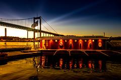 Sunset by the bridge (Maria Eklind) Tags: autumn bridge bro gothenburg göteborg water sky sweden outdoor himmel älvsborgsbron höst city västragötalandslän sverige se