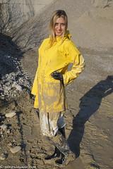Friesennerz suited mudness (42 pics) (sexyrainwear_dot_online) Tags: wellies rubberboots rainboots gummistiefel muddy mud schlammig schlamm wam wetandmessy friesennerz ostfriesennerz raincoat rainjacket rainmac rainwear raingear regenmantel regenjacke regnjakke regnjacka sadetakki ciré cire imper imperméable impermeable chubasquero capadechuva レインコート 비옷 regntøj