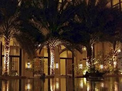 Luminous Evening. Muscat, Oman (Rana Pipiens) Tags: palm hotel restaurant evening muscatoman