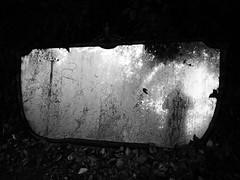 Appaio (Vincenzo Elviretti) Tags: riflesso ombra penombra immagine astratta artefizio artificiale specchi mirror non è una poesia sono un poeta