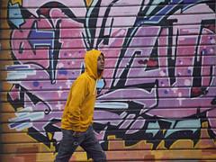 Street Art in the Rain-1 (zeevveez) Tags: זאבברקן zeevveez zeevbarkan canon people rain streetart jaffastreet