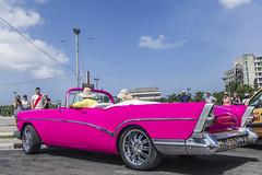 Cuba / Havana e Varadero (Paulo Pampolin) Tags: cuba havana varadero mar sea ocean blue azul car old velho antigo carro relíquia pink rosa revolução revolucao revolution
