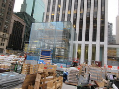 Newly Revamped Mac Store Glass Cube Entrance 7526 (Brechtbug) Tags: getting ready the newly revamped mac store glass cube entrance across from plaza hotel 5th avenue 58th street new york city 12092018 nyc 2018 macintosh computer still under refurbishing construction about open soon midtown manhattan