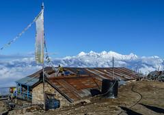 Roof of the World (Lumen Candela) Tags: nepal helambulangtangtrek langtanghimal roof dach morning morgen sun sonne himmel blauerhimmel fahne 7000ers himalaya ganeshhimal morningsun morgensonne sky wolken clouds flickrsbest