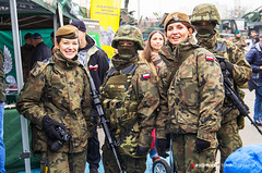 2018-009 (Tomasz Seweryn) Tags: 100latniepodległości tomaszseweryn redpixel olsztyn uroczystość wojsko piknik militarny defilada polska patriotyzm