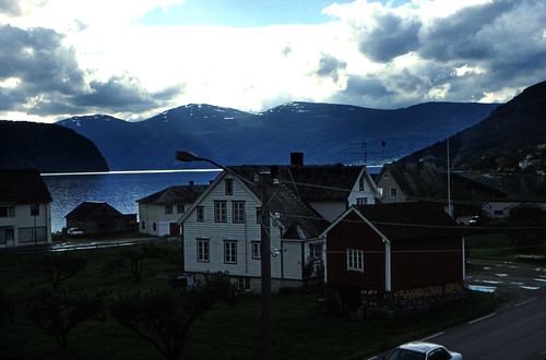 "Norwegen 1998 (256) Innvik • <a style=""font-size:0.8em;"" href=""http://www.flickr.com/photos/69570948@N04/46196209862/"" target=""_blank"">View on Flickr</a>"