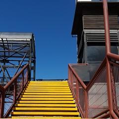 Passerelle (maggy le saux) Tags: footbridge passerelle escalier stair amarillo yellow jaune