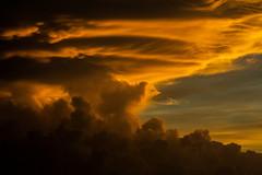 Stormcloud @ Sunset (Markus Branse) Tags: australia sunset abend evening tropen abendrot rot rood red roughe night sun sonnenuntergang sol wolken wetter weather territory northern australien aussie oz australie austral cloud clouds cloudy himmel heaven sky idylle batchelor northernterritory thunderhead gewitter gewitterwolke