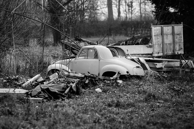 Poor old car, or what used to be one...