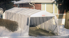 Waiting for snow (caribb) Tags: winter snow white weather cold montreal montréal quebec québec canada urban city 2019 downtown centreville steam tempo temporarygarage protection tent