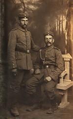 Meier-Kammerer aus Zunsweier (olds.wolfram) Tags: krieg schwarz weis foto uniform bank 1912 1913 1914 konstanz zunsweier