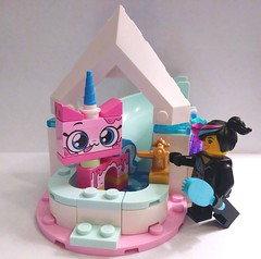 Balneum (The Quiet One Harumi) Tags: lego princess unikitty messy bathtub slide brush soap bath balneum water wyldstyle