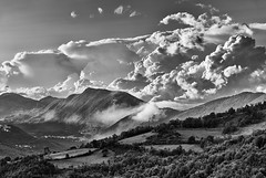 Thunderstorm Squall Line Arriving in Valle Roveto, Abruzzo, Italy (Claudio_R_1973) Tags: clouds weather cumulonimbus thunderstorm squall squallline abruzzo marsica centralitaly mountain outdoor climate nature bw blackandwhite black white bn monochrome landscape stormy
