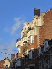 Art deco apartments, late afternoon sunlight, Rue des Carmes, Namur, Belgium (Paul McClure DC) Tags: belgium belgique wallonie wallonia feb2018 namur namen ardennes historic architecture artdeco