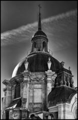 Temple du Marais / Протестантская церковь (dmilokt) Tags: город city town церковь храм собор church chapel kirk cathedral temple sanctuary shrine dmilokt чб bw черный белый black white
