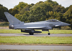 Typhoon (Graham Paul Spicer) Tags: eurofighter typhoon fighter bomber swingrole jet multirole multinational british royalairforce raf military warplane groundattack reconnaissance strike attack bigginhill airport londonbigginhill historic airfield airshow aviation display flying aircraft planes plane festivalofflight