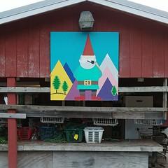 #chillinwithmygnomie #largerthanlife #gnome #mountains #sign wreath-making #barn #laundrybasket(s) w/ #greenery #christmastreefarm #treefarm #snoqualmie #PNW #🌲 (Heath & the B.L.T. boys) Tags: instagram farm barn gnome sign