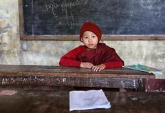 myanmar 2019 (mauriziopeddis) Tags: satai myanmar birmania burma canon red color reportage buddha religion spiritual monk portrait portraits ritratto ritratti classroon school student novice people tribe tribal cultural culture asia