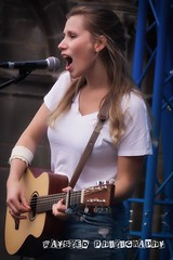 Fringe Festival with Zoee (Waysted Photography) (zoeeofficial) Tags: zoee singer songwriter singersonwriter altcountry australian travelling musician travel girl scotland zoeeofficial zoeemusic zoeeandband